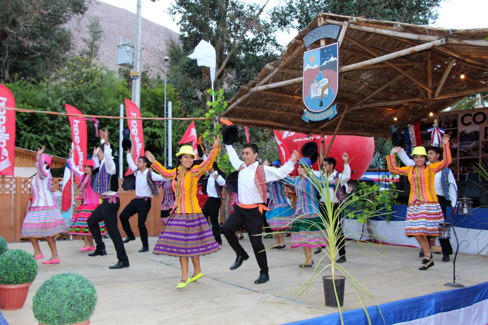 """Photo of Feria Costumbrista y """"Mistral en Concierto"""" destacan en el Carnaval del Sol de Paihuano"""