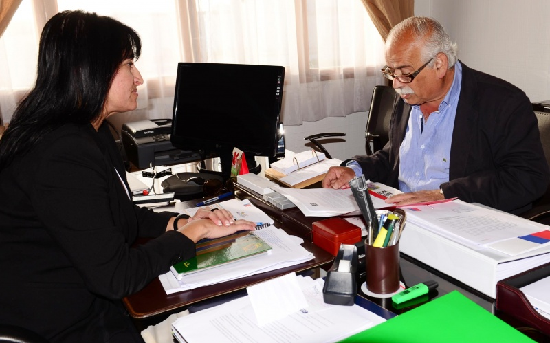 Photo of Alcalde de La Serena solicita a la Presidenta Bachalet modificar carretera eléctrica en Elqui