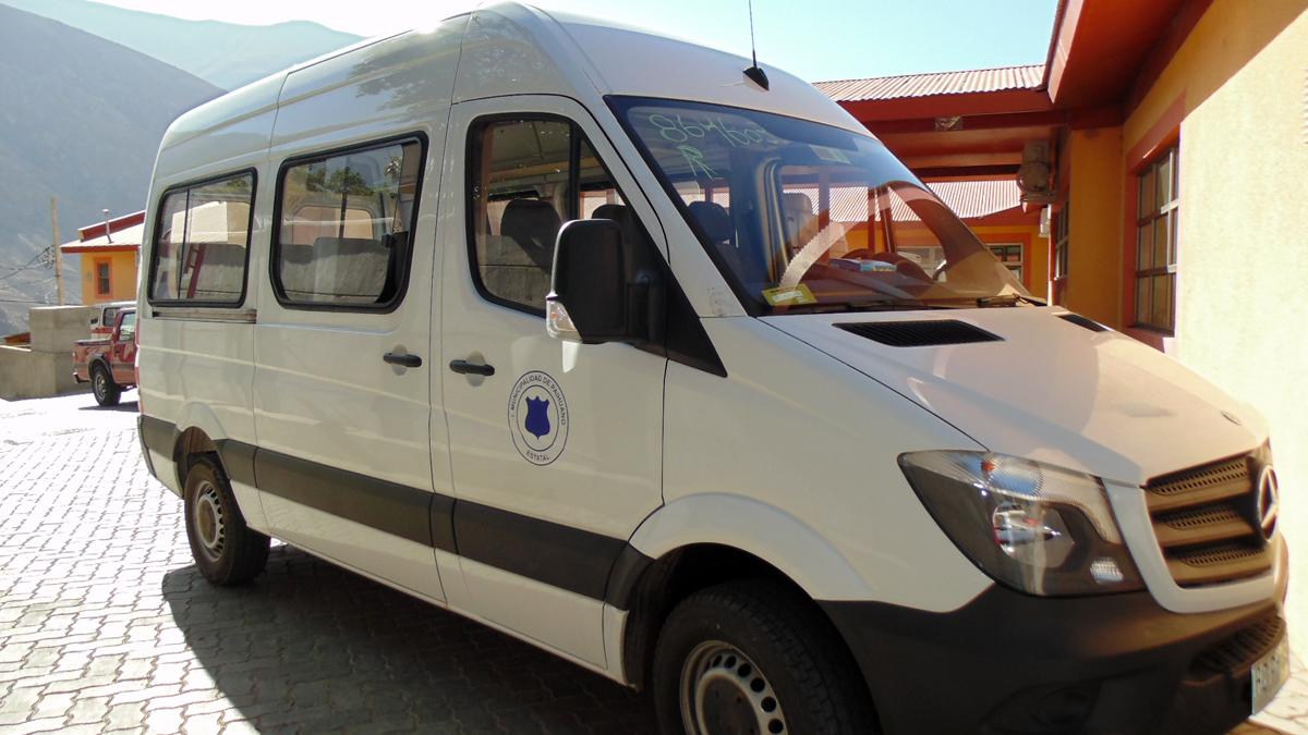 Photo of CESFAM de Paihuano cuenta con nuevo vehículo para el desarrollo de las rondas médicas