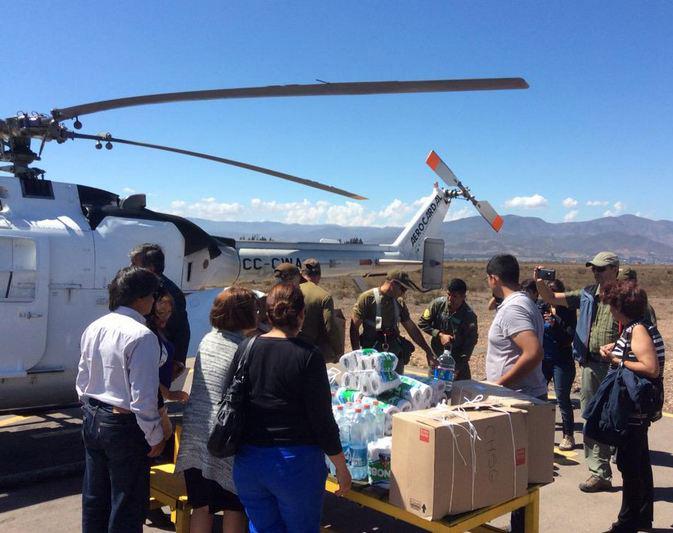 Photo of Acuden con en ayuda de familias de la precordillera de Vicuña por vía aérea