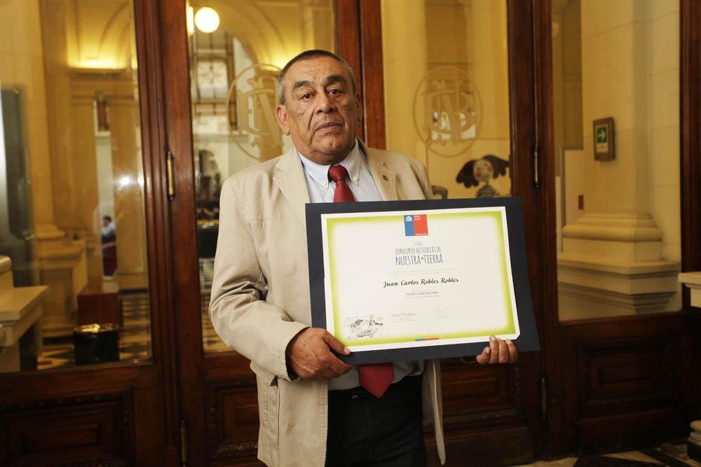 Photo of Escritor elquino ganador de concurso nacional literario es invitado a la ExpoMilán 2015