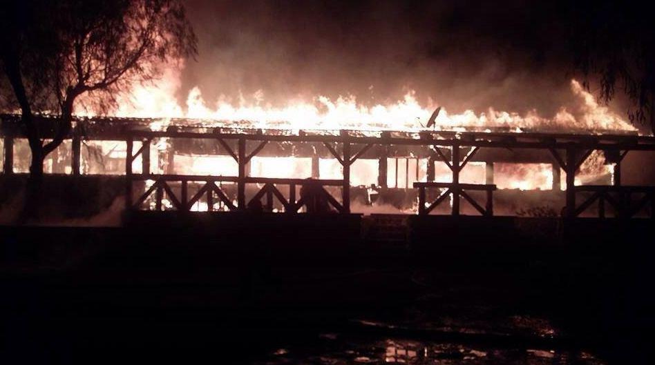Photo of Complejo Las Tinajas: Incendio acaba con uno de los íconos turísticos de la comuna de Vicuña
