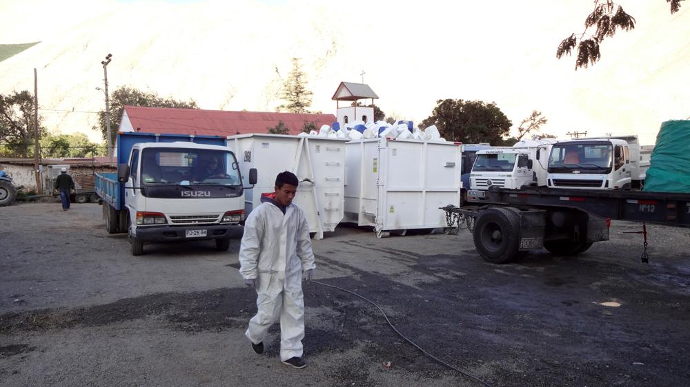 Photo of Agricultores de Paihuano y Vicuña entregaron más de tres toneladas de envases vacíos de productos fitosanitarios