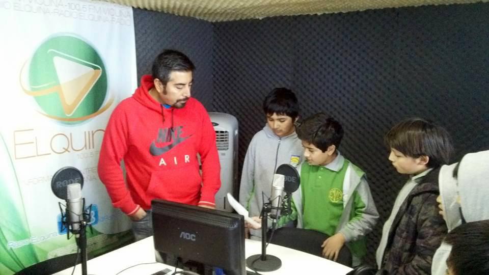 Photo of Carabineros llevó a brigadistas escolares a medios de comunicación en el Valle del Elqui