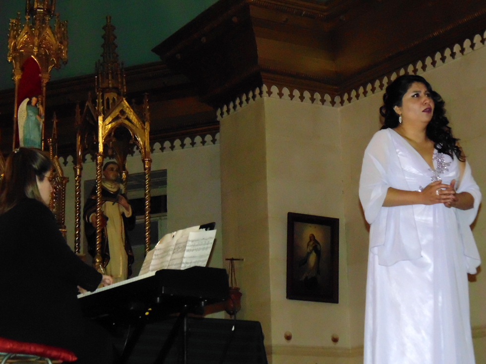 Photo of Exitoso concierto lirico ofreció destacada artista soprano en Pisco Elqui