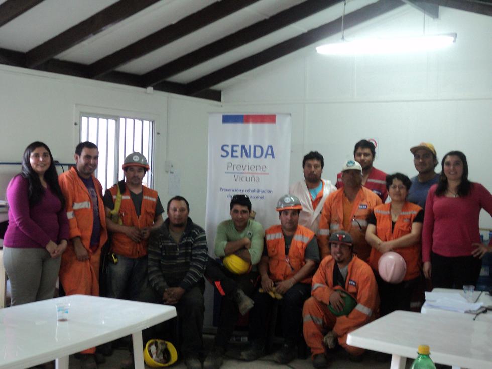 Photo of Dictan taller sobre drogas y alcohol a funcionarios de empresa que construye cuartel de la PDI