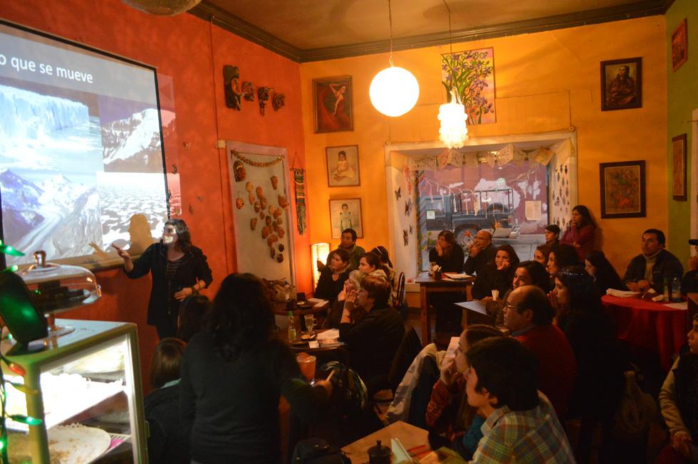 Photo of Destacan valor patrimonial de glaciares y potencial contribución de glaciares en Café Científico de Ceaza