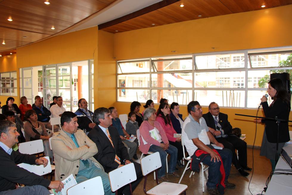 Photo of Vecinos de Barrios Río Turbio y Aguas de Elqui de  Vicuña se informan sobre la Reforma Educacional