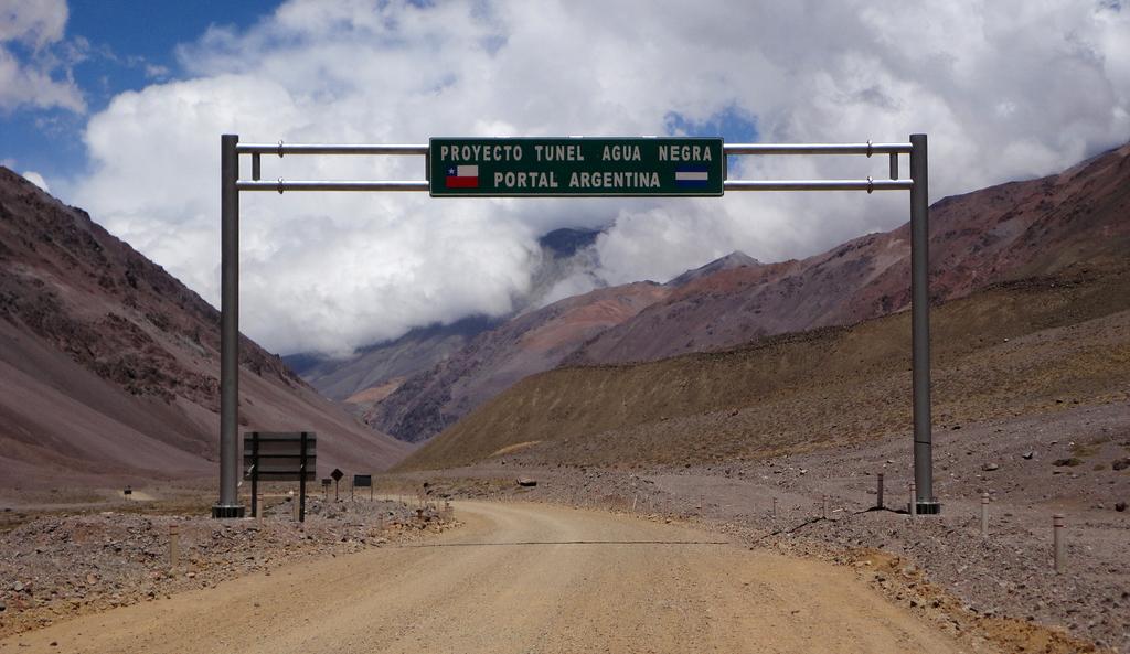 Photo of Proyecciones: El 2015 será clave para inicio de construcción del Túnel de Agua Negra