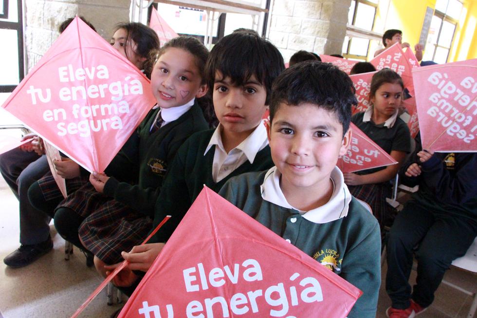 Photo of Incentivan el cuidado y la seguridad al elevar un volantín en niños y niñas de Vicuña