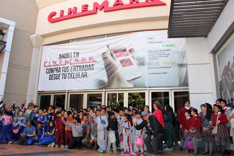 Photo of Un total de 250 niños y niñas de Vicuña disfrutaron de una película en el Cinemark de La Serena