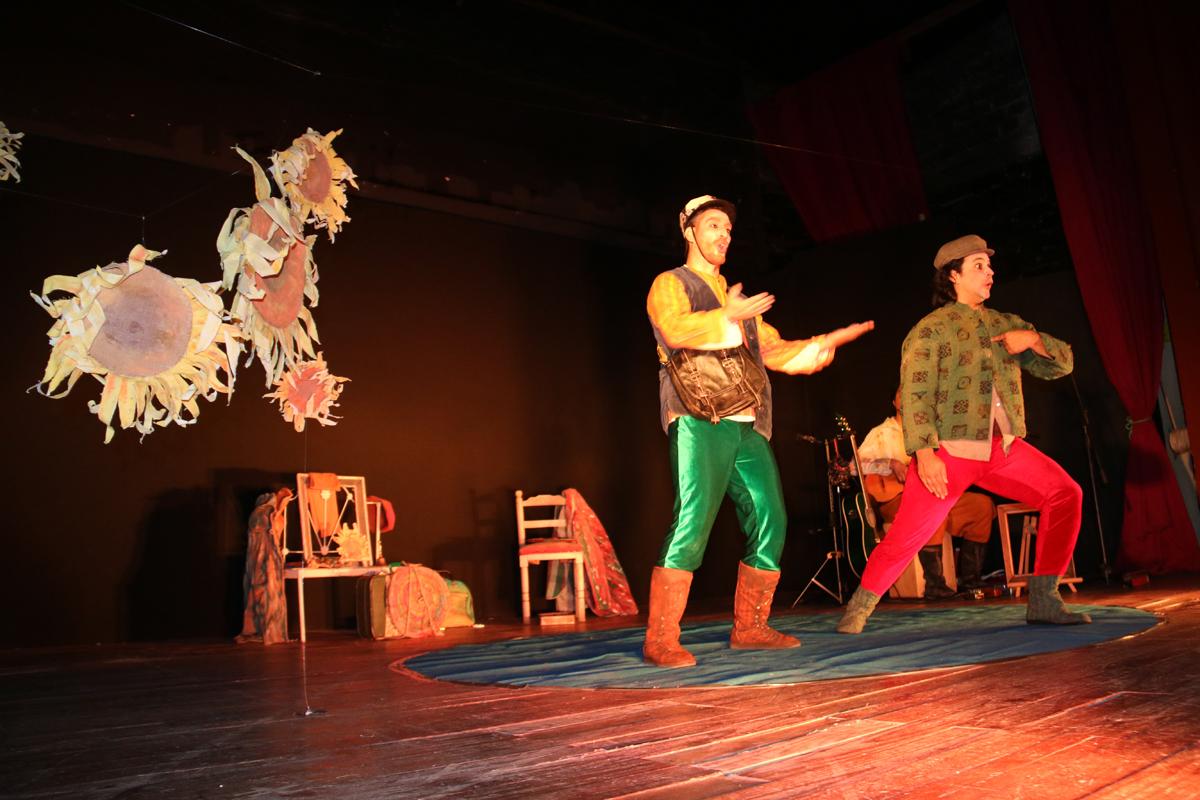 Photo of El teatro del Festival ARC cautivó al público elquino en este verano