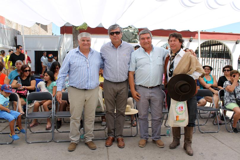 Photo of Huasos y gauchos desarrollaron una nueva versión de la  cabalgata a la Difunta Correa