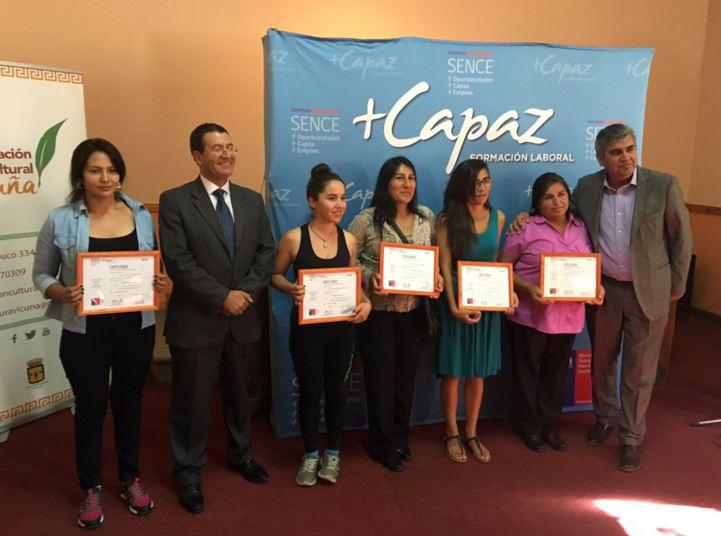 Photo of Más Capaz de SENCE certifica a mujeres elquinas en Manipulación de Alimentos
