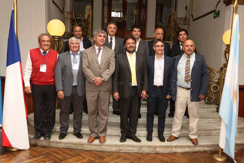 Photo of Alcaldes e intendentes acuerdan pedir audiencia en el MOP en el XXV Comité de Paso Agua Negra