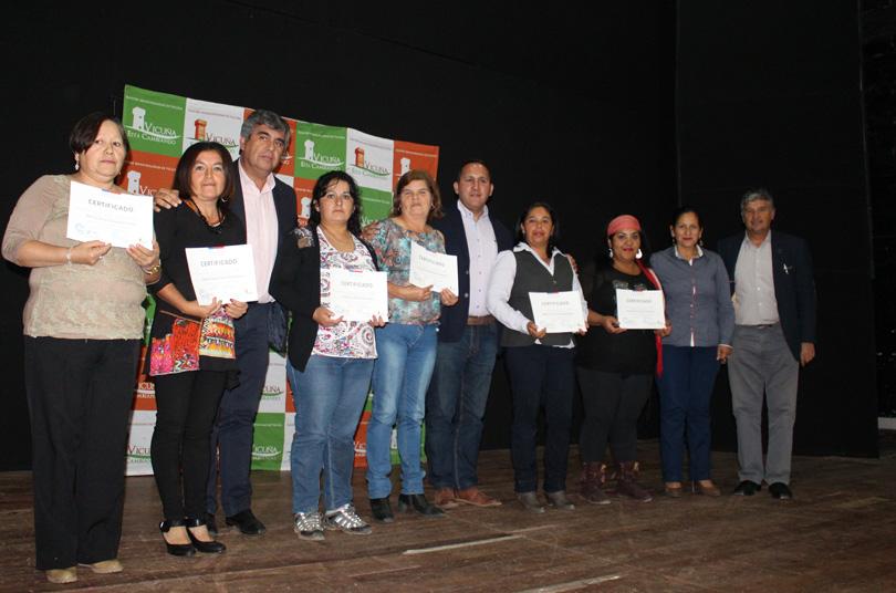 Photo of Destacando el egreso de mujeres culmina programa Mujeres Trabajadoras y  Jefas de Hogar