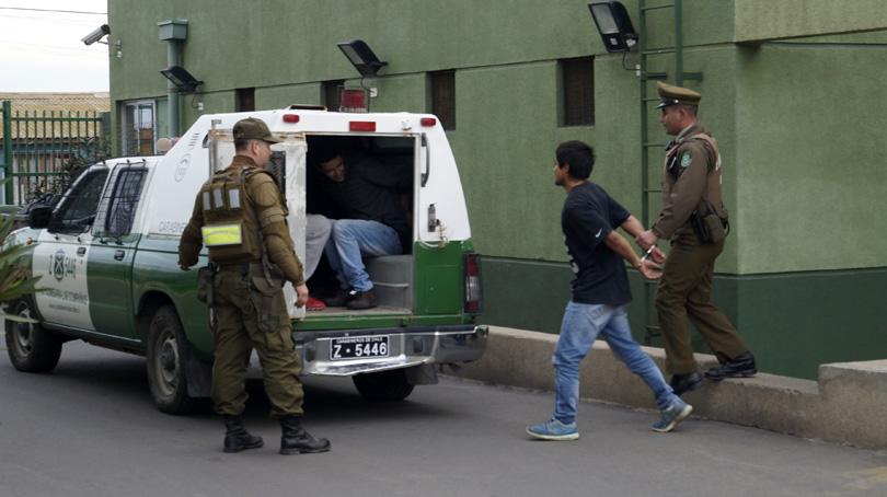 Photo of Carabineros detuvo a banda criminal que atemorizaba a vecinos del pueblo Lambert