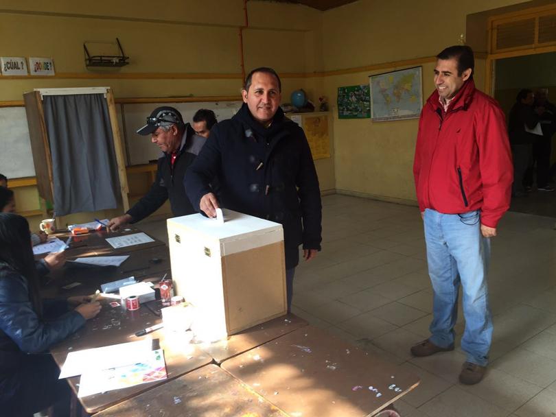 """Photo of Mario Aros gana las primarias de Vicuña y es  el candidato a alcalde del """"Chile Vamos"""""""