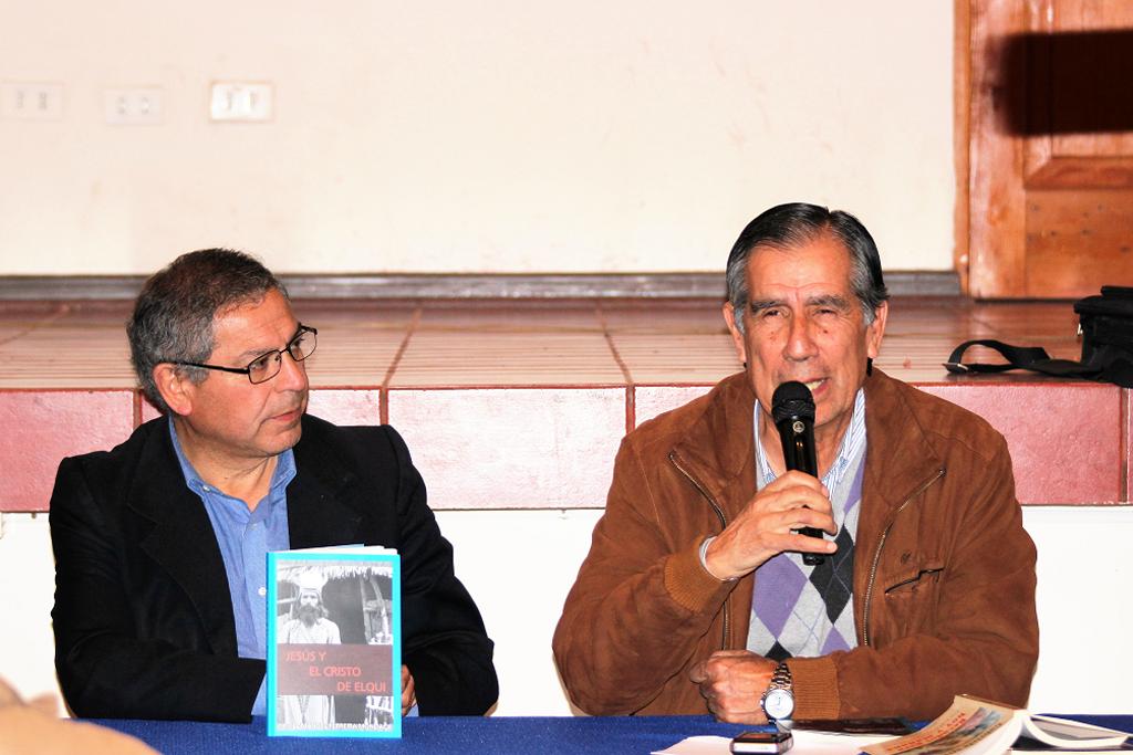 """Photo of Escritor vicuñense presentó su libro """"Jesús y el Cristo de Elqui""""  en Montegrande"""