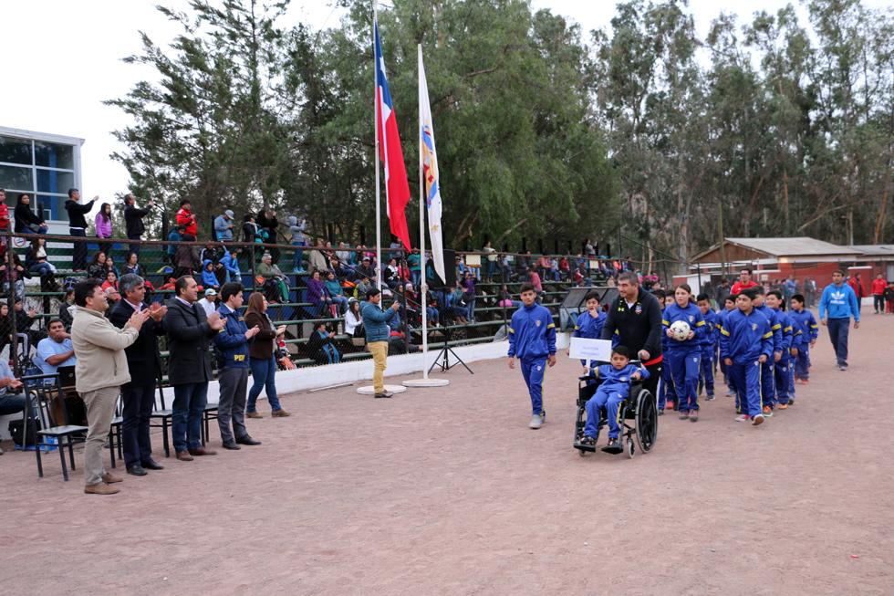 """Photo of Dan el vamos al IV Campeonato de Fútbol """"Haciendo Amigos"""" en el Valle de Elqui"""