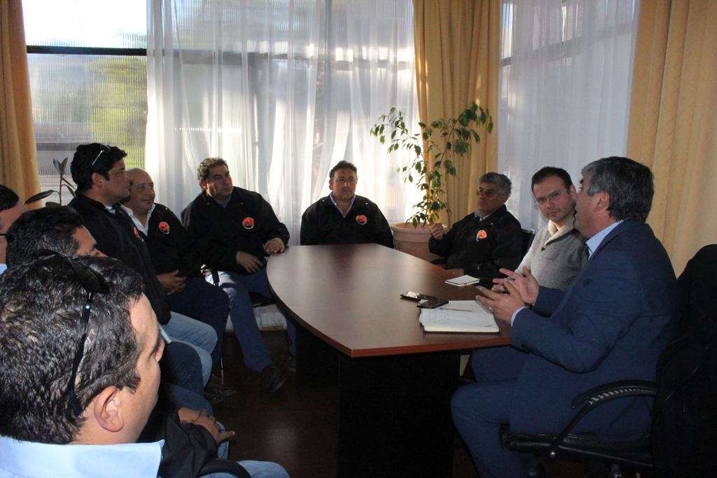 Photo of Agrupación de Conductores de Camiones del Valle de Elqui se reúne con seremi de transportes
