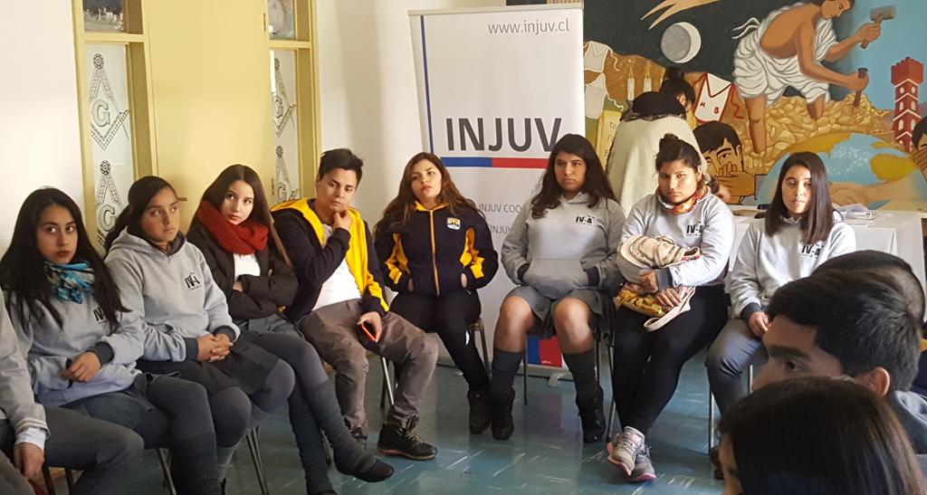 Photo of Jóvenes vicuñenses muestran gran interés por la participación ciudadana en Desayuno Público INJUV
