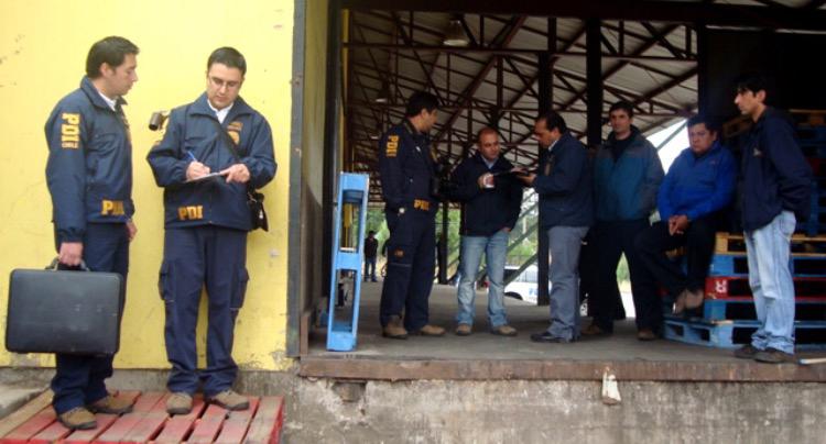 Photo of PDI investiga robo de cajas de vinos en la sala de ventas de Viña Falernia