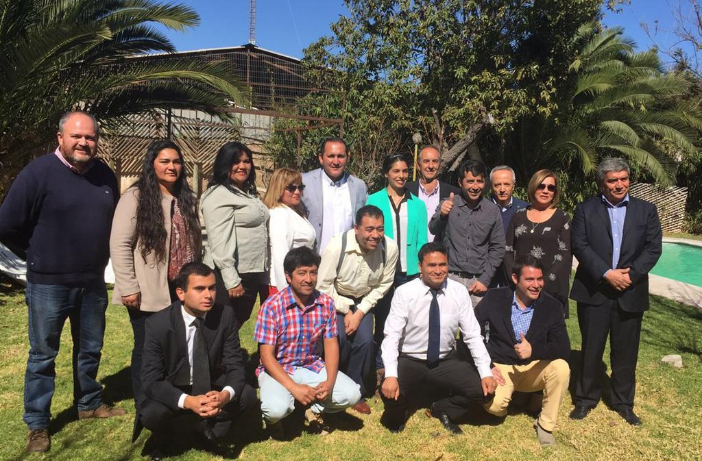 Photo of Chile Vamos presenta candidato a alcalde y concejales para las elecciones en Vicuña