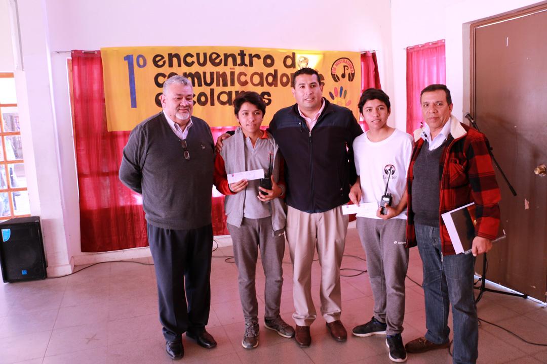 Photo of Liceo Mistraliano tiene a los primeros estudiantes radioaficionados certificados de la región