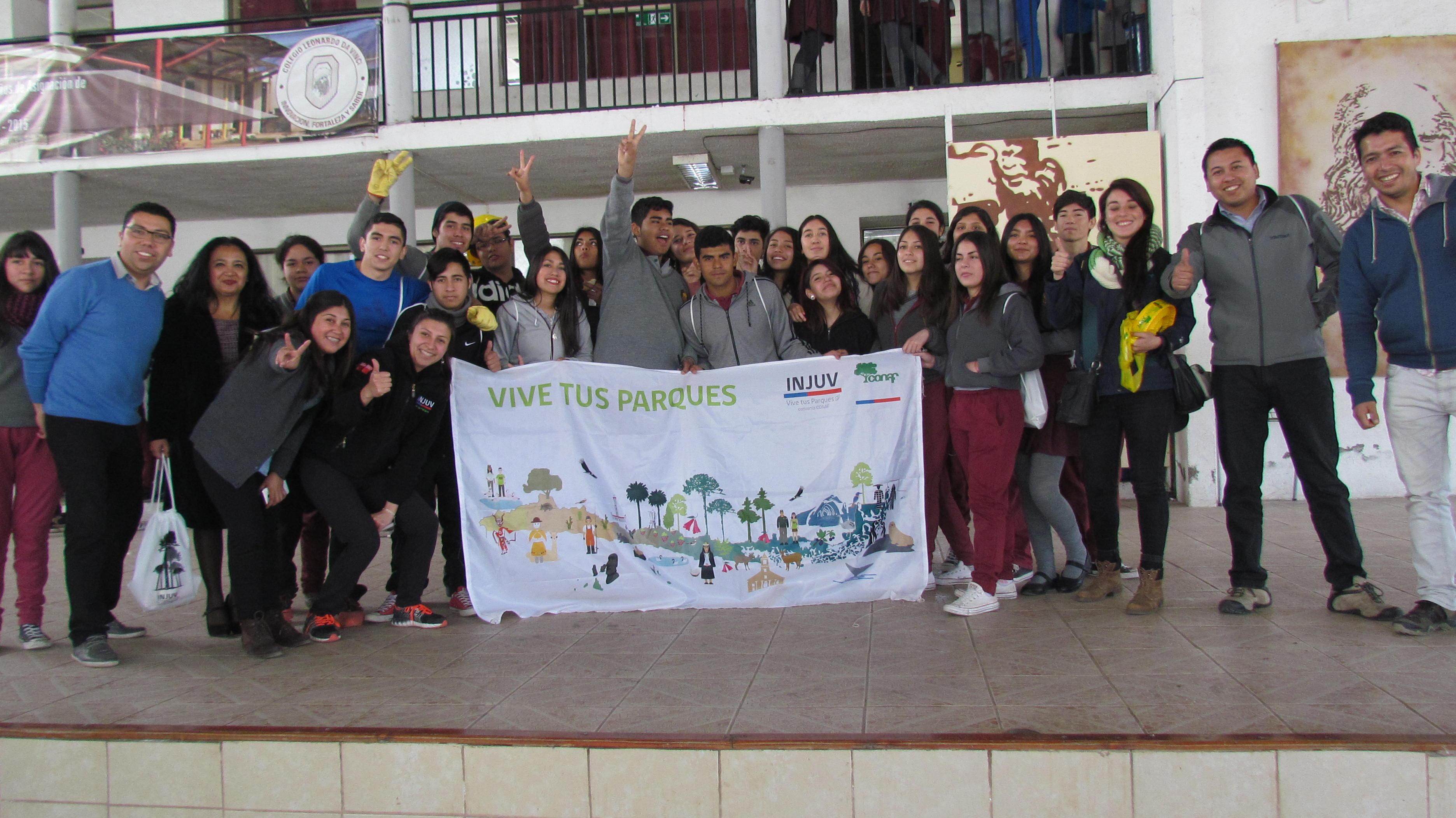 Photo of Estudiantes del colegio Leonardo Da Vinci Vicuña fueron protagonistas de programa de arborización