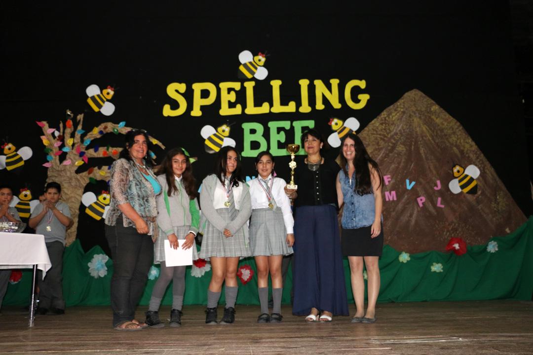 """Photo of Escuela de Peralillo fue la ganadora del """"Spelling Bee"""" de la Fundación Educacional Oportunidad"""