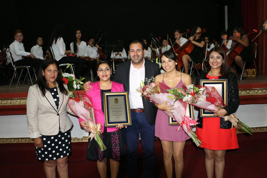 Photo of Destacan la labor de los docentes de Vicuña en nueva celebración del Día del Profesor