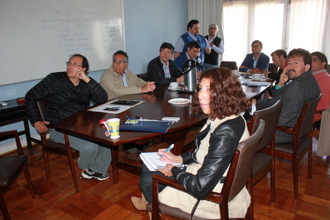 Photo of Junta de Vigilancia del Rio Elqui presenta necesidades de sus usuarios a la Comisión Regional de Riego