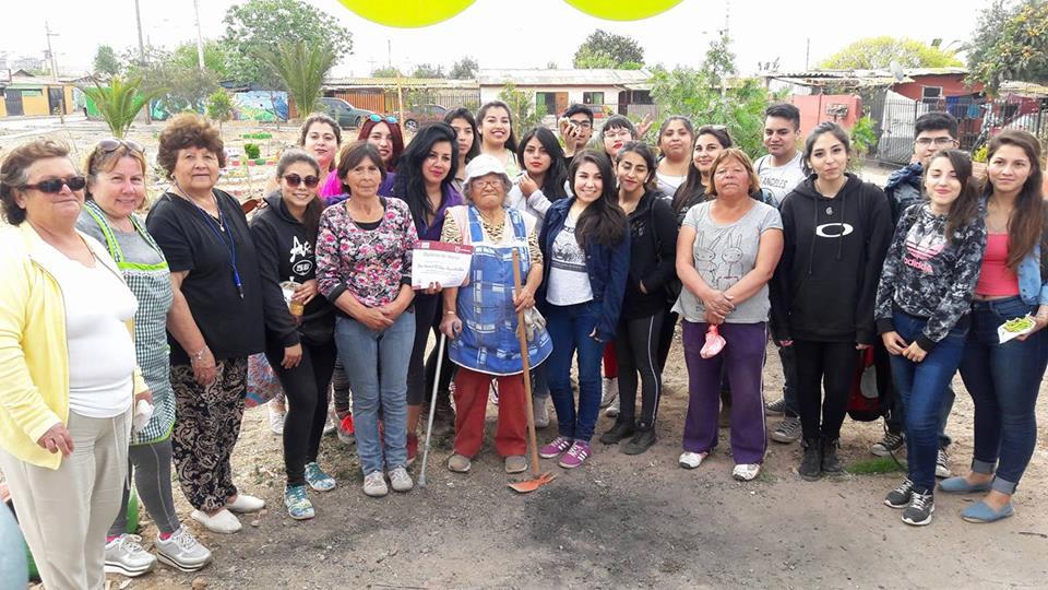 Photo of Estudiantes del IP Santo Tomás hermosearon Población Juan XXIII de La Antena