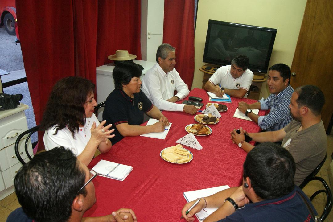 Photo of Alcalde electo de Paihuano se reunió con Bomberos para analizar plan de trabajo 2016-2020
