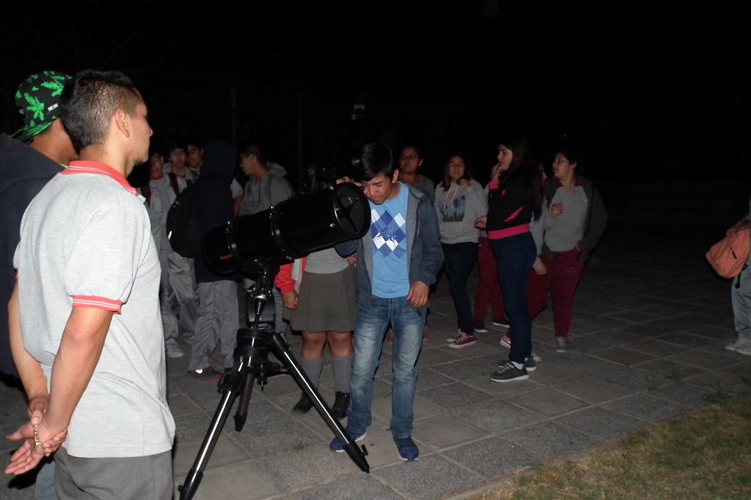 Photo of Escolares disfrutaron de la astronomía en una nueva versión de la Fiesta de las Estrellas en Paihuano