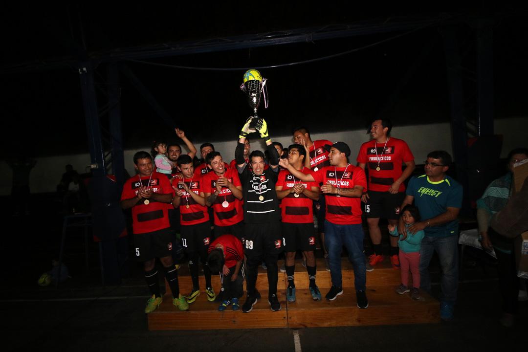 """Photo of """"Los Firulácticos"""" se convirtieron en el Bicampeón de la Liga Comunal de Baby Fútbol de Vicuña"""