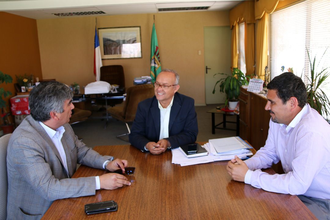 Photo of Vicuña y Río Hurtado trabajarán para la mejora definitiva de la Ruta Antakari