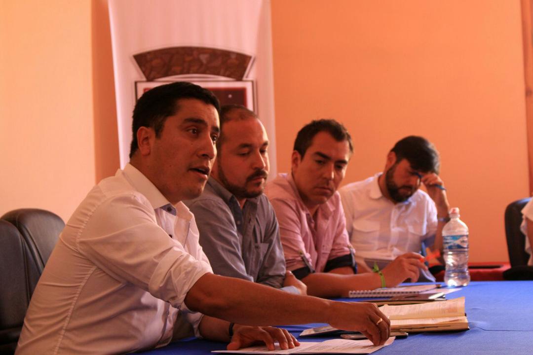Photo of Alcalde de Paihuano proyecta la administración junto a los funcionarios municipales