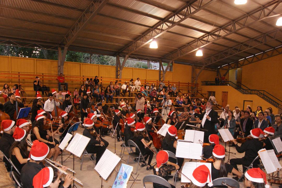 Photo of Orquesta de Niños del Valle de Elqui deleito al público de Paihuano  con concierto de final de año