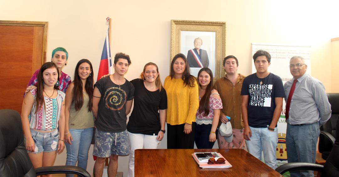 Photo of Doce jóvenes de Vicuña postulan para ser parte el 2017 de la Universidad Nacional de San Juan