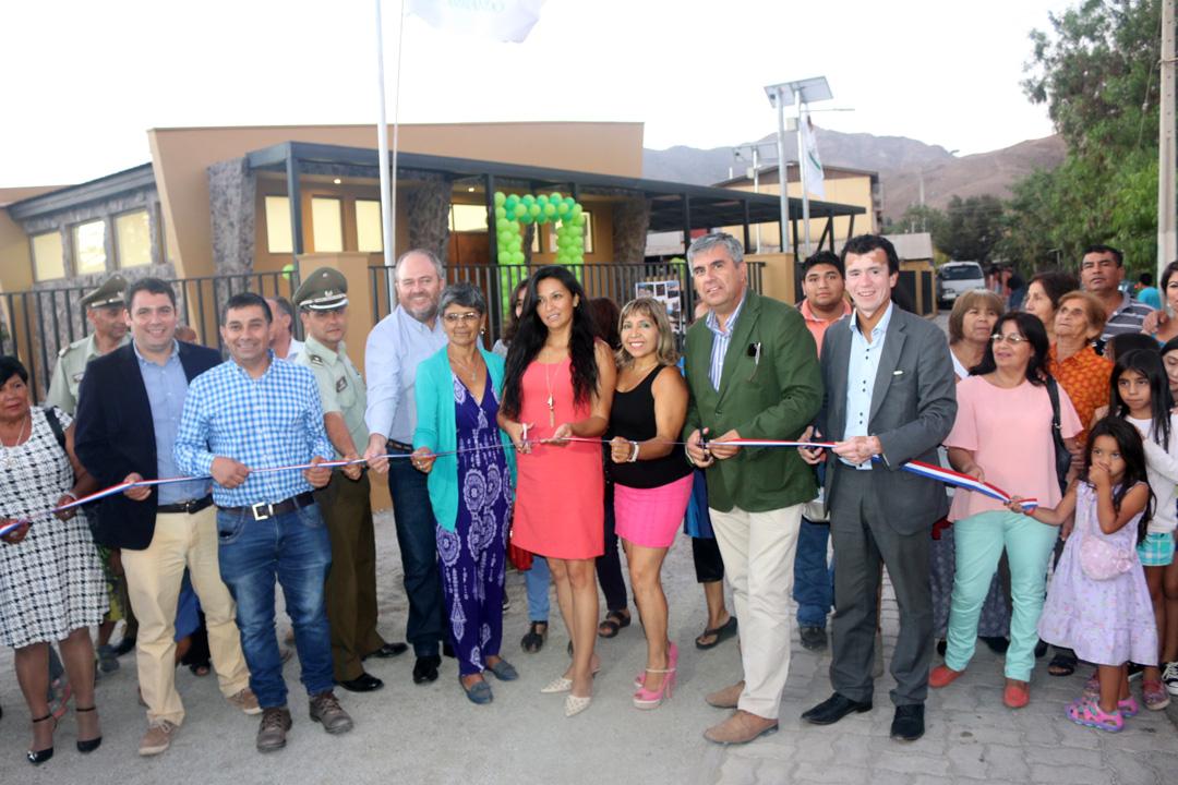 Photo of Con alegría vecinos de Vicuña inauguran nueva sede social para su barrio en sector Río Turbio