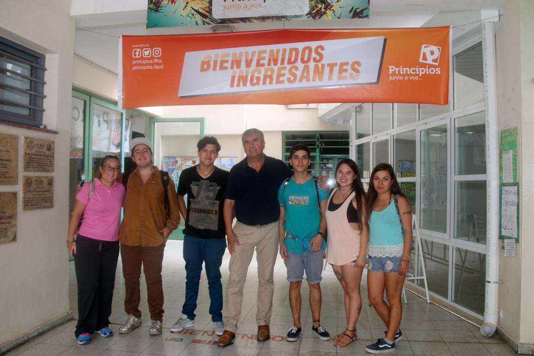 Photo of Un total de 8 jóvenes de Vicuña estudiarán este 2017 en la Universidad Nacional de San Juan