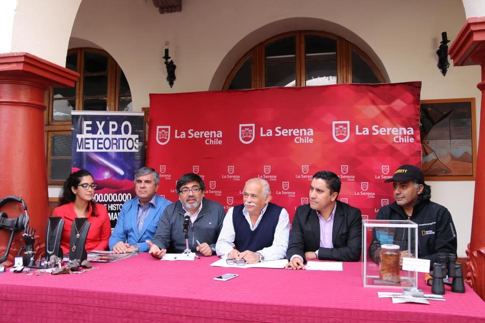 Photo of Especialistas celebran el Día Mundial del Ovni en La Serena y Paihuano