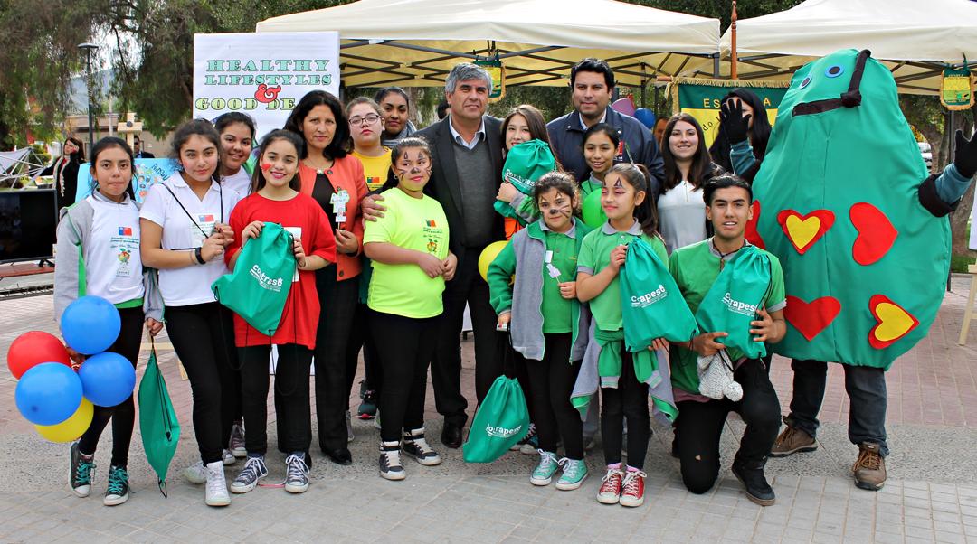 Photo of Estudiantes y vecinos de Vicuña participaron en Feria de Promoción de Vida Saludable organizada por Junaeb