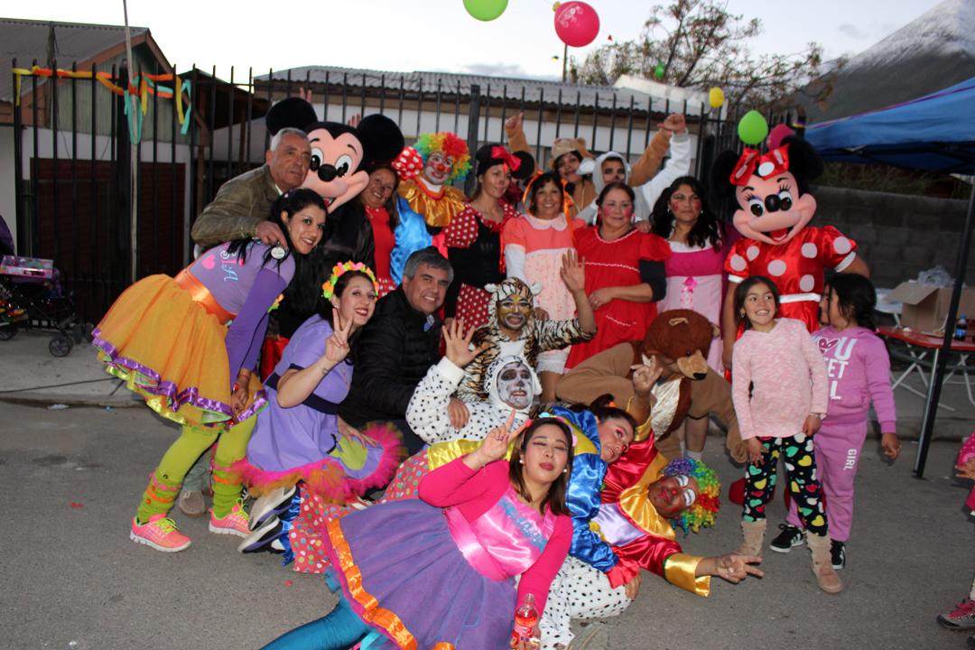 Photo of Localidades de Vicuña celebraron el Día del Niño con el Team Fantasía y otras sorpresas