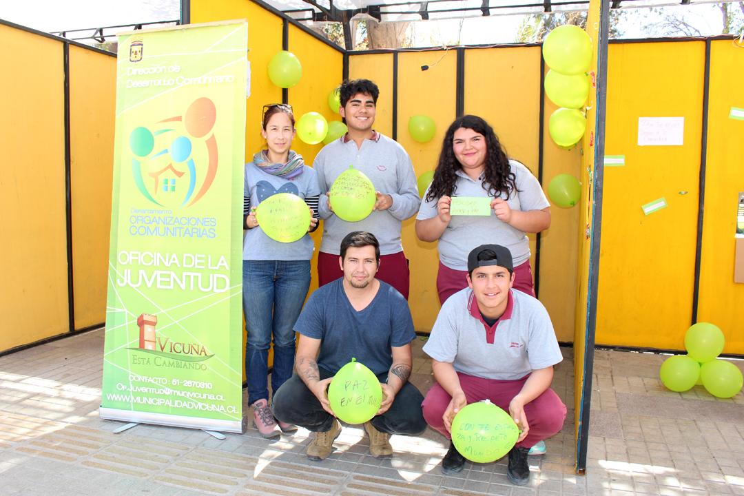 """Photo of Con """"buenos deseos"""" continúan las acciones sociales en la semana de la juventud"""