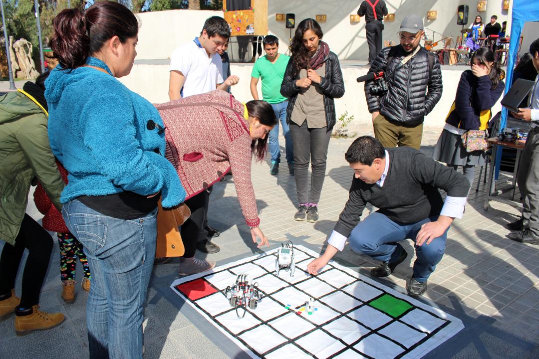 Photo of Liceo Carlos Mondaca se presentó ante la comunidad con muestra artística, técnica y humanista