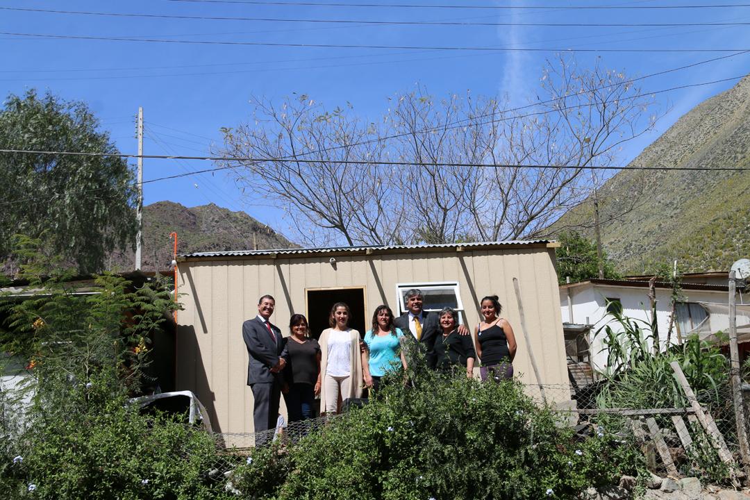 Photo of Familias de Andacollito y Diaguitas recibieron viviendas de emergencia