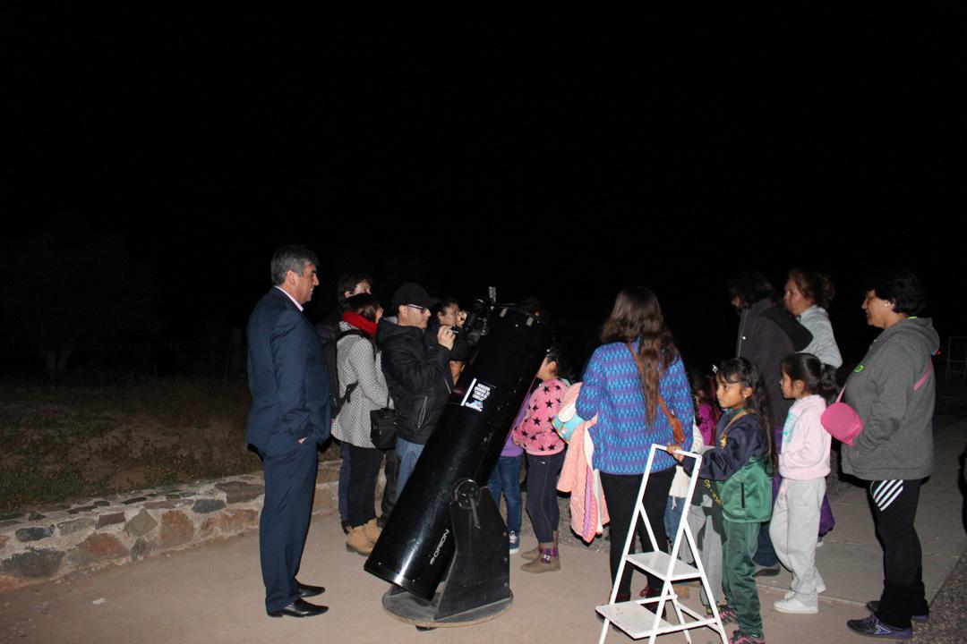"""Photo of Programa """"Mamalluca para Todos"""" realizó la primera visita de estudiantes al observatorio"""